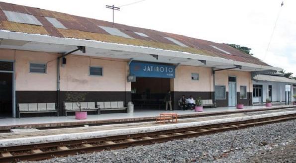 stasiun-jatiroto-lumajang